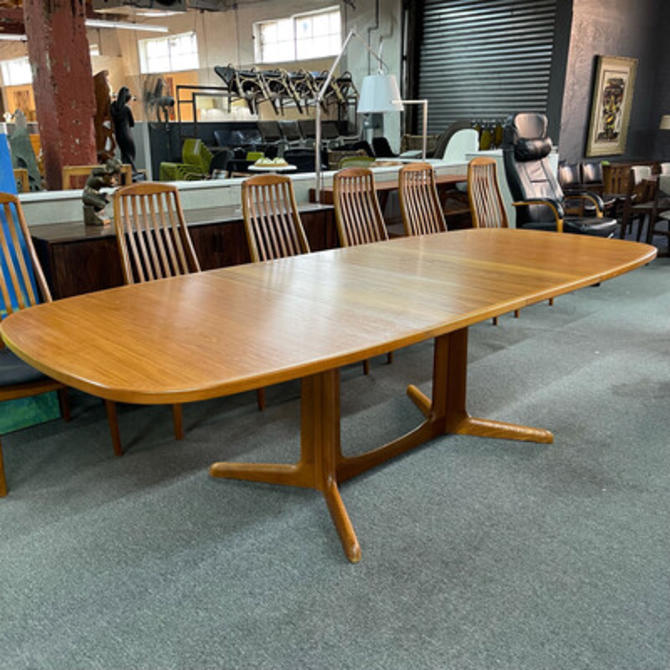 Gudme Møbelfabrik Teak Extension Dining Table