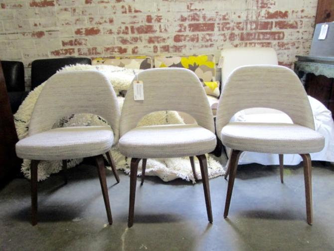 SET OF THREE MODERN DINING CHAIRS