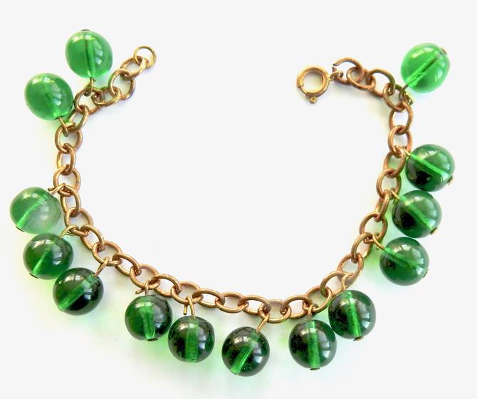 Green Glass Bracelet by LegendaryBeast