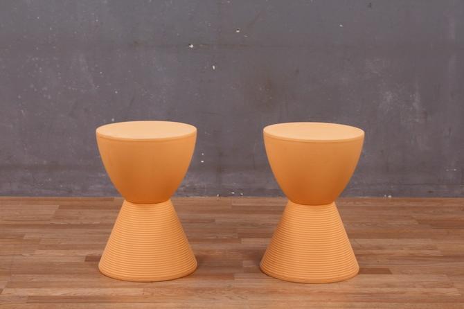 Retro Apricot Acrylic Hourglass Stool
