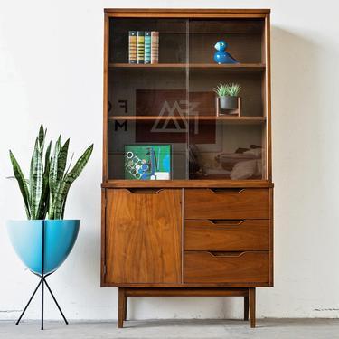 Stanley Furniture Mid-Century Modern Hutch by formermodern