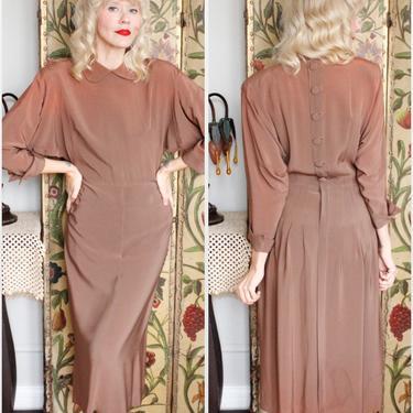 1940s Dress // Bronzed Beauty Rayon Dress // late 40s vintage dress by dethrosevintage
