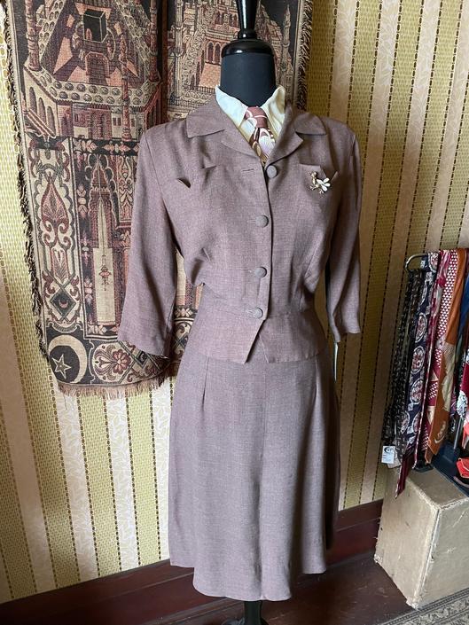 Vintage 1950s 2 Piece Jacket Skirt Gabardine Suit Set S/M by PaperMoonVtg