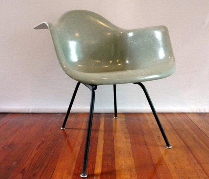 Hold for M - Original Vintage Early Seafoam Herman Miller Fiberglass Armshell Lounge Chair Knoll 1950's Mid-Century Mad Men Eames Double Tri by AntiqueApartment