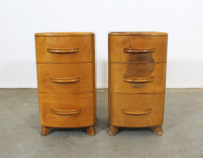 Pair of Mid-Century Modern Heywood Wakefield Crescendo Champagne Nightstands by AnnexMarketplace