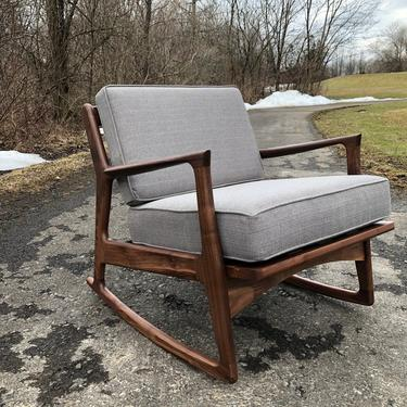 Mid Century Modern Lounge Chair / Accent Chair / Selig / Danish Modern Lounge Chair / Rocking Chair / Kofod Larson by donyacovella