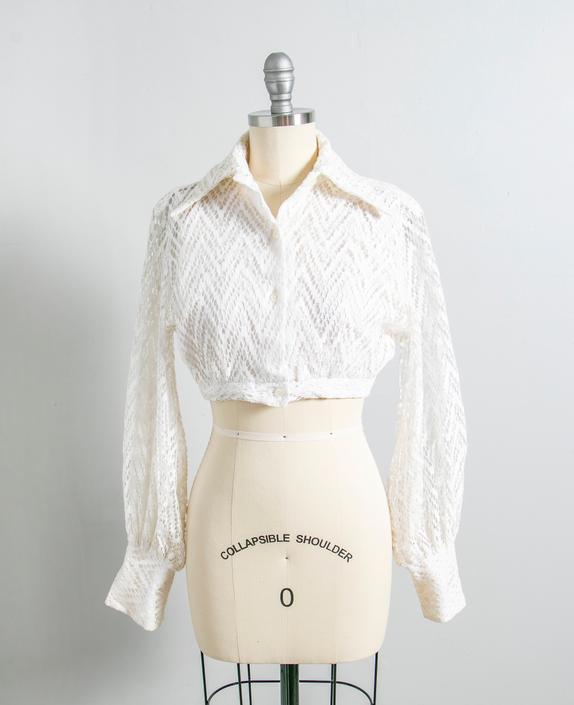1970s Blouse Lace Cropped Tie Top XS by dejavintageboutique