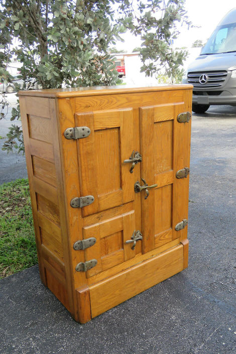 Early 1900s Golden Oak 3 Doors Ice Box 1613