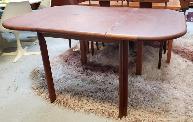 Teak D Scan Expandable Dining Table