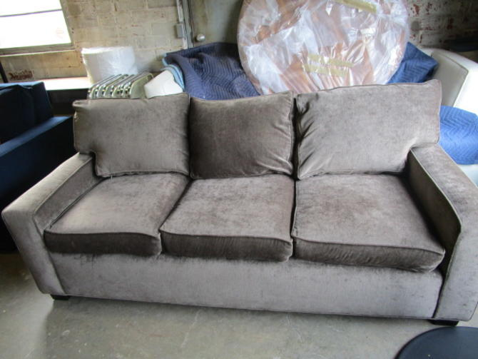 MITCHELL GOLD SOFA