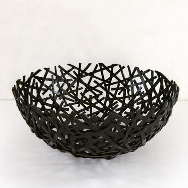 WILDLING bowl (large) by ChrisBergmanDesign