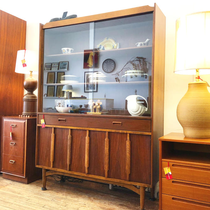 Kroehler Walnut China Hutch