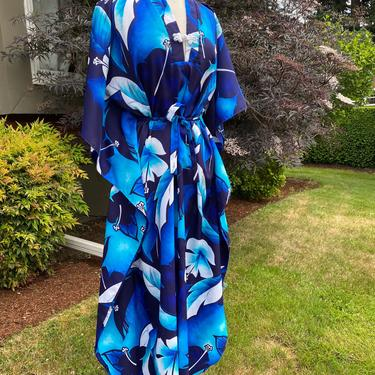 Vintage blue Hawaiian dress~ muumuu style~ open size- cinched waist~ kimono~ kaftan ~maxi dress~size Med-XLG by HattiesVintagePDX