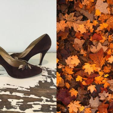 Autumn Comes in Beautifully - Vintage 1950s 1960s Chocolate Brown Suede & Leather Leaf Heels Pumps Shoes - 8 1/2 B by RoadsLessTravelled2