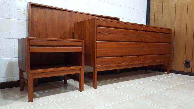 Mid-century Modern Teak Bedroom Set, Made in Canada, Teak Dresser ...