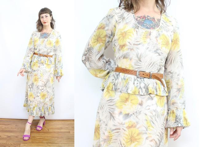 Vintage 70's Miss Elliette California Yellow Floral Spring Dress / 1970's Floral Dress / Women's Size Medium by RubyThreadsVintage
