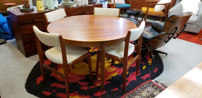 Danish Modern Dining Table and 6 Chairs