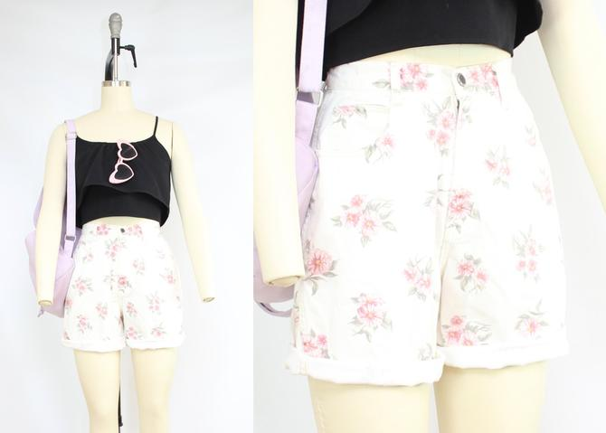 "Vintage 90's White Denim Shorts with Pink Roses / 1990's High Waisted Floral Denim / Pockets / Bill Blass / Women's Size Small / 26"" Waist by RubyThreadsVintage"
