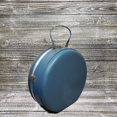 Vintage Airwaay Round Suitcase, 1950s 1960s Blue Round Train Case, Vintage Vacation Overnight Bag, Carry On Travel Case, Vintage Luggage by AGoGoVintage