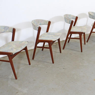 Set of 4 Mid-Century Danish Modern Kai Kristensen Style Teak Side Dining Chairs by AnnexMarketplace