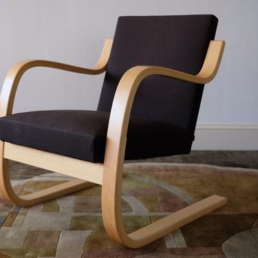 ARTEK Alvar Aalto LOUNGE CHAIR 402, Arm Armchair, Birch Bent Plywood Charcoal Gray, Mid-Century Modern danish knoll eames era by refugegallery