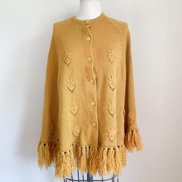 Vintage 1970s Mustard Knit Poncho by MsTips