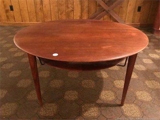 Peter Hvidt France & Søn Teak Round Coffee Table Danish Midcentury Modern