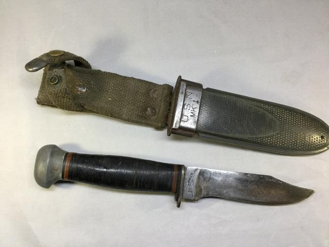 Knife WWII Navy MK1 - Mark 1 - PAL Combat knife with Scabbard Vintage Militaria by accokeekpickers