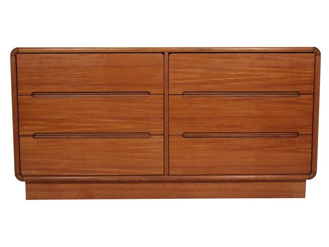 6 Drawer Dresser Made by Sun Cabinet by RetroPassion21