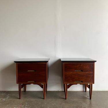 Pair of Vega Morris nighstands by VintageOnPoint