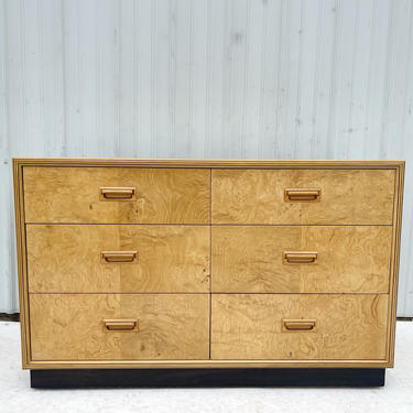 Vintage Modern Six Drawer Burl Dresser by Henredon by secondhandstory
