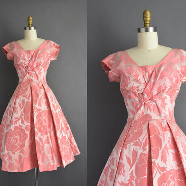 1950s vintage dress | Gorgeous Pink Floral Print Cocktail Party Full Skirt Wedding Dress | Small | 50s dress by simplicityisbliss
