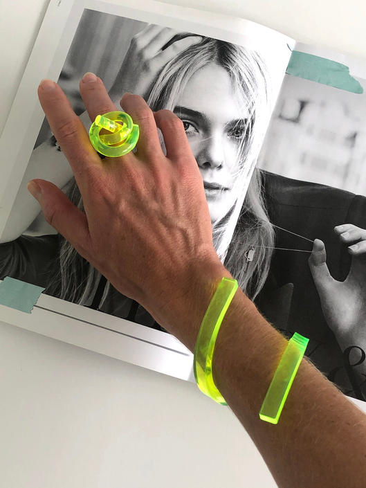 Loop RING, Acrylic Ring, Acrylic Knot Ring, Statement Ring, Wearable Art. Contemporary Ring, Lucite Ring, Birthday Gift, Neon Green Ring by CHOFA