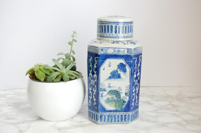 Blue & White Porcelain Octagon Canister Chinoiserie Jar Blue and White Asian Vase by PursuingVintage1