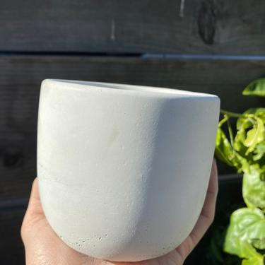 """4 """" Round Concrete Pot (Natural) by MadeByRheal"""