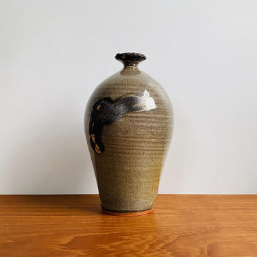Signed studio pottery bottle vase / vintage narrow neck ceramic vessel in ecru, gray and purple-red by EarthshipVintage