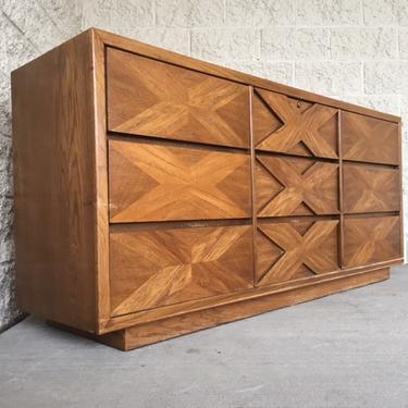 #454: Lane 9 Drawer Mid Century Dresser
