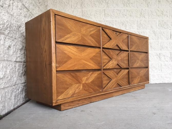 #454: Lane 9 Drawer Mid Century Dresser