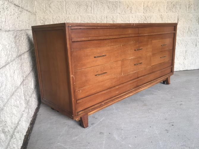 #505: Mid Century Dresser, 10 drawers