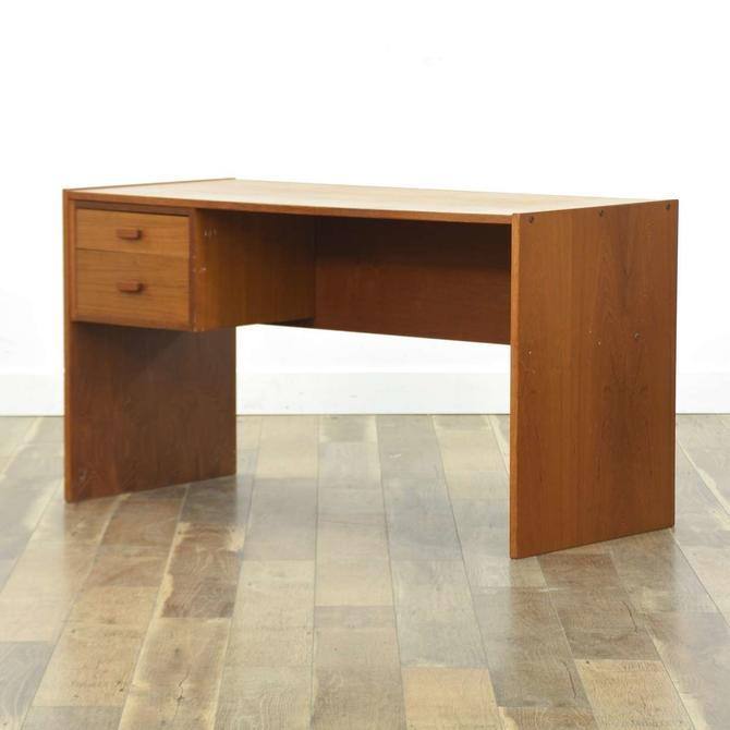 Jesper Danish Modern Kneehole Desk