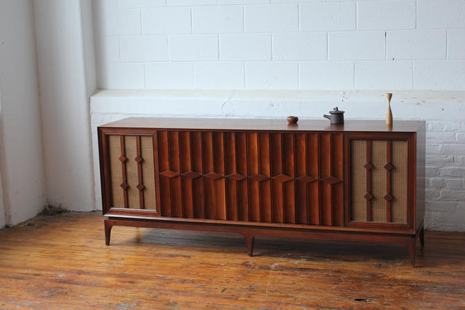 Restored Mid Century Modern Record Cabinet with Original Speakers by NijiFurnishing