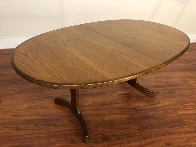 G-Plan Butterfly Leaf Dining Table by Vintagefurnitureetc
