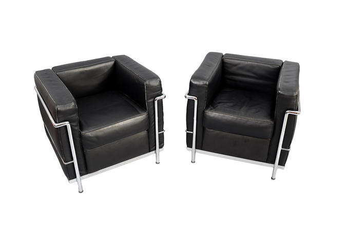 Charles Le Corbusier LC2 Style chairs. Black leather and Chrome ...