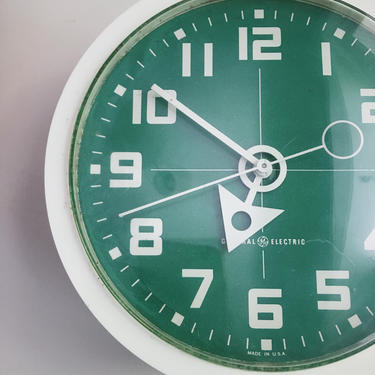 GREEN American Modern Graphic Wall Clock by General Electric Pop Art Rare  Tone Typography Helvetica 1960s USA Vintage Krups by CaribeCasualShop
