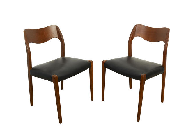 Moller 71 Dining Chairs  Set of 6 Teak Dining Chairs Black Leather Seats Denmark Danish Modern by HearthsideHome