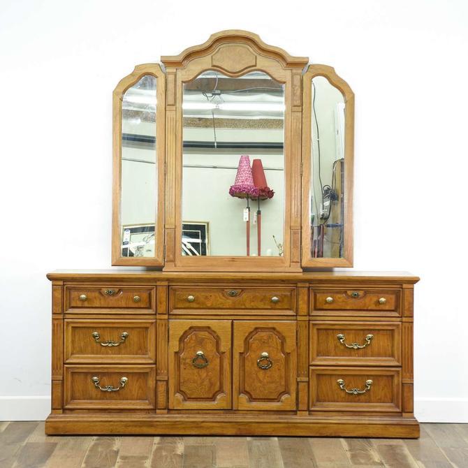 Thomasville Serenade French Provincial Dresser W Mirror