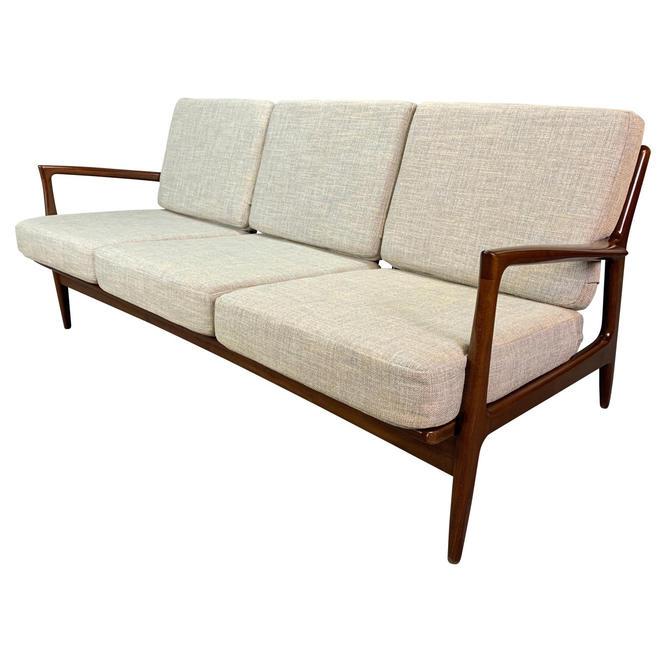 Vintage Danish Mid Century Modern Sofa by Kofod Larsen for Selig by AymerickModern