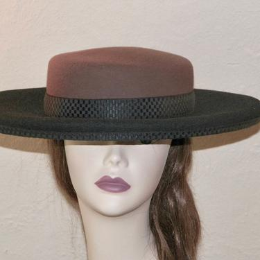 Vintage 1980s KOKIN Black & Cocoa Wool Felt Wide Brim Platter Women's Luncheon Hat Black Jacquard Ribbon Trim Sz 7.5 Made in USA by eClectricityVintage