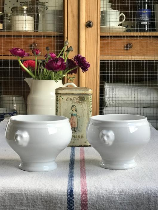 Lovely set of 2 vintage French porcelain, ironstone  onion soup bowls- ONB2 by Grainsacfrenchvintag