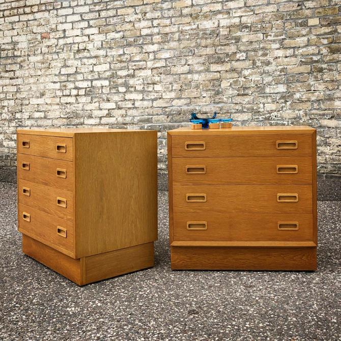 Poul Hundevad 4-drawer Chests